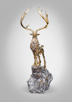 Develop the Aroma in Emptiness - The Divine Deer Standing on the Peak